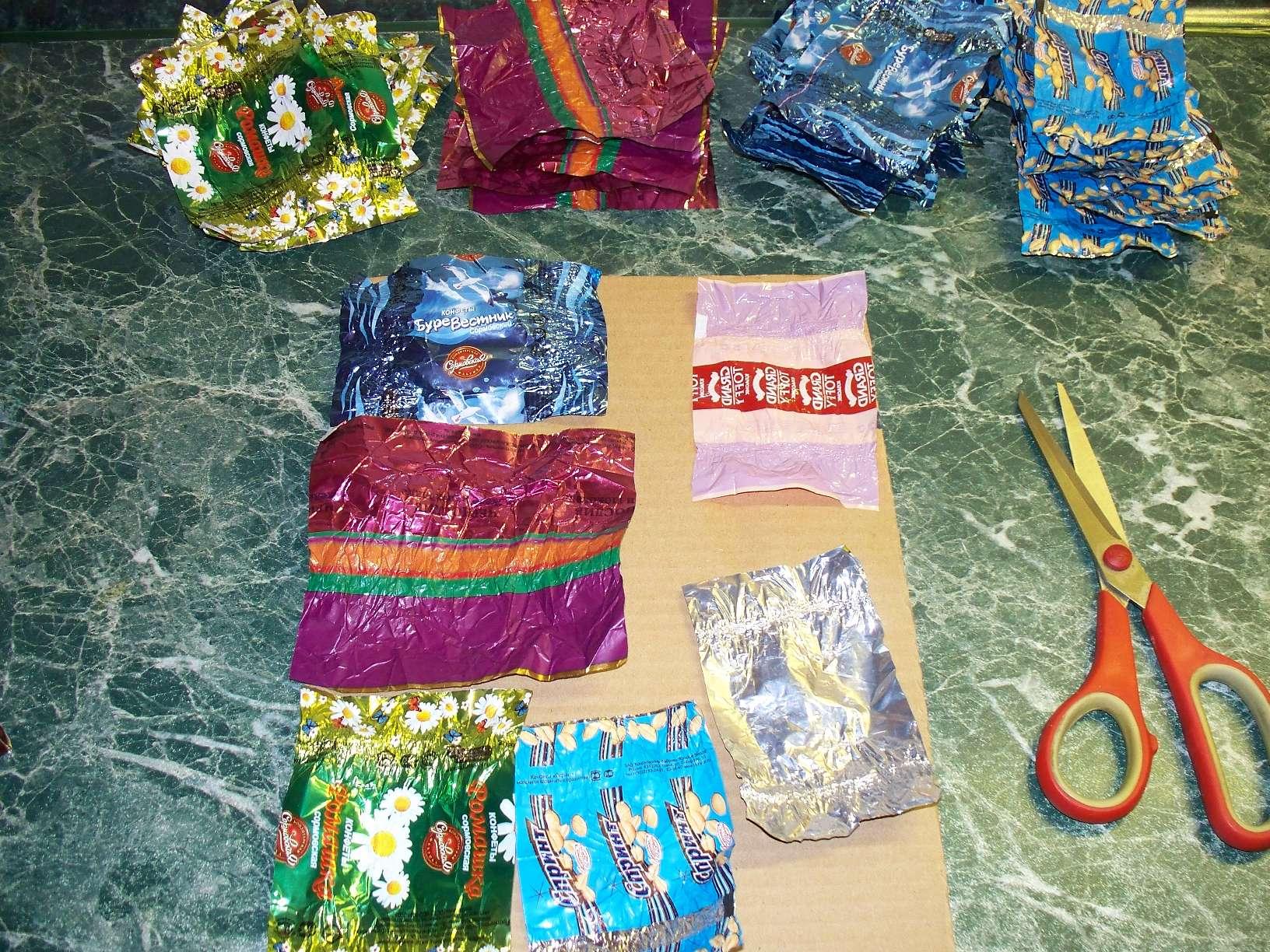 Фото поделок из конфетных фантиков