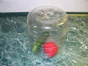 Для сыпучих продуктов из пластиковой бутылки